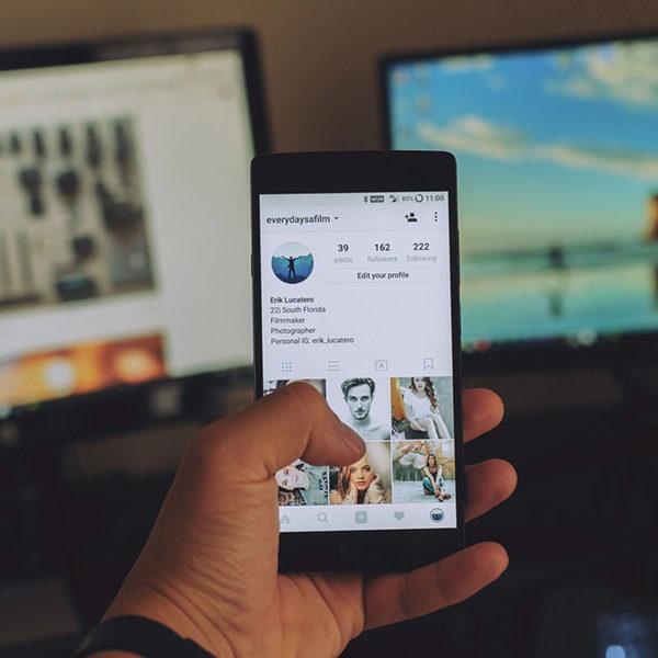 Regras de etiqueta em social media
